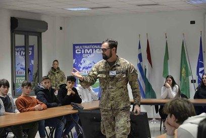 2019 12 12 students visit multinational cimic group 2