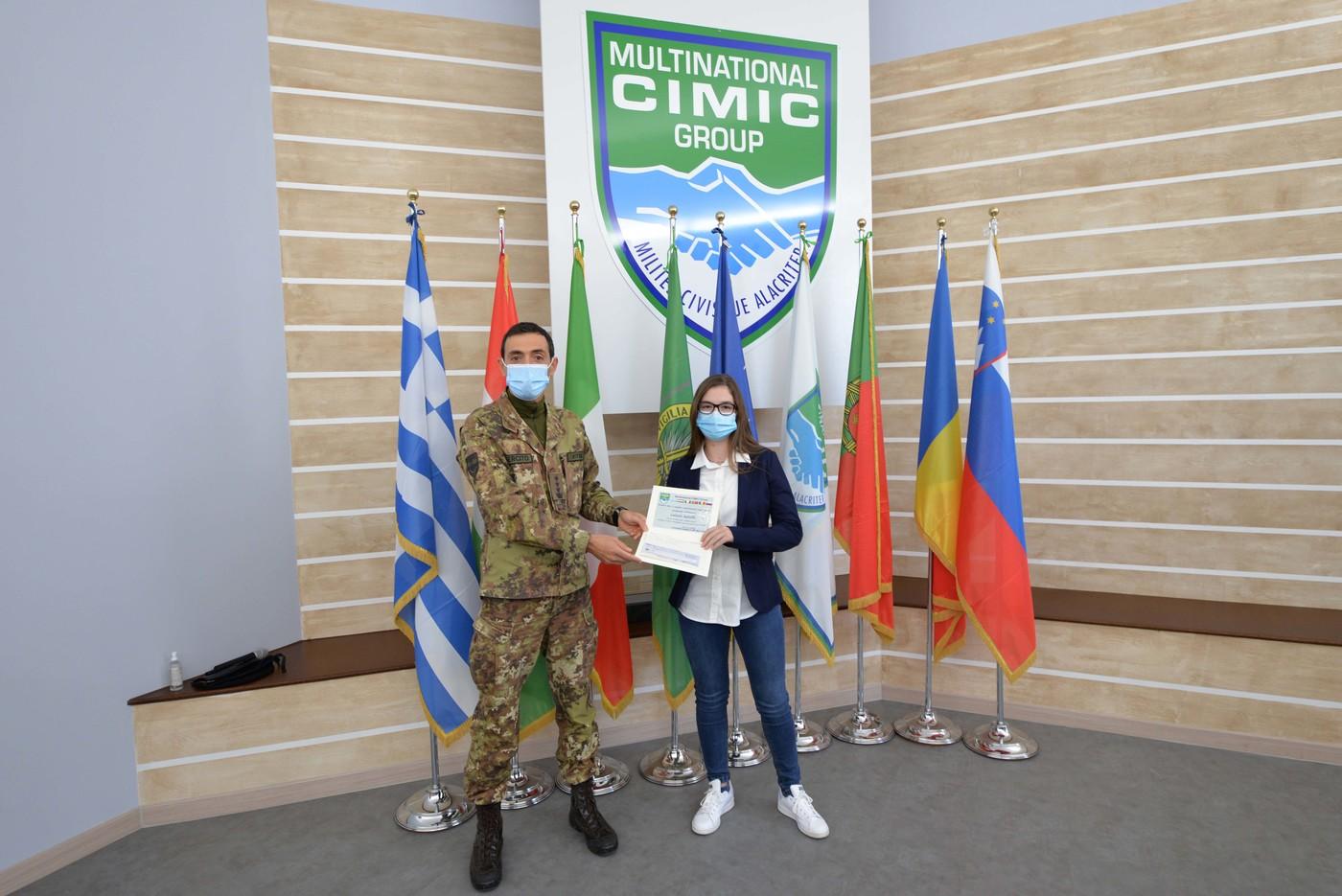 1  premiazione studentessa letizia astolfo