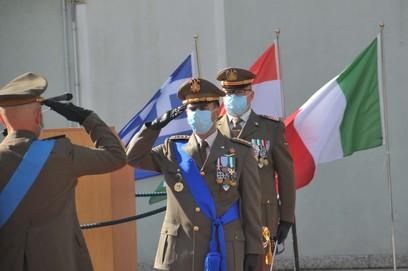 6. onori al comandante del mncg
