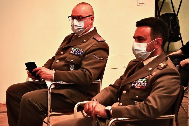 2. il comandante del mncg  col.zuzzi e il su di corpo  1lgt peroni